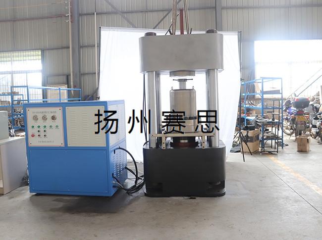 钢绞线试验机的特点与维护保养